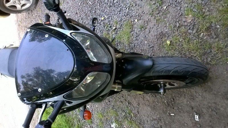 Vendo Mondial 200cc, lista para transferir, papeles al dia, motivo de venta no tengo lugar para guardarla y no la uso