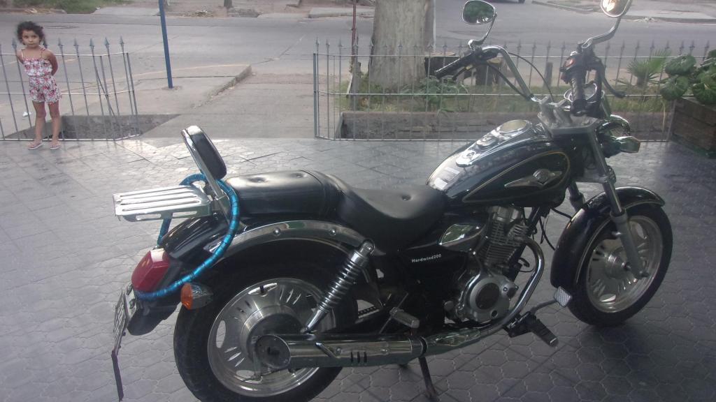 vendo chopera Appia Hardwind 200cc modelo 2012