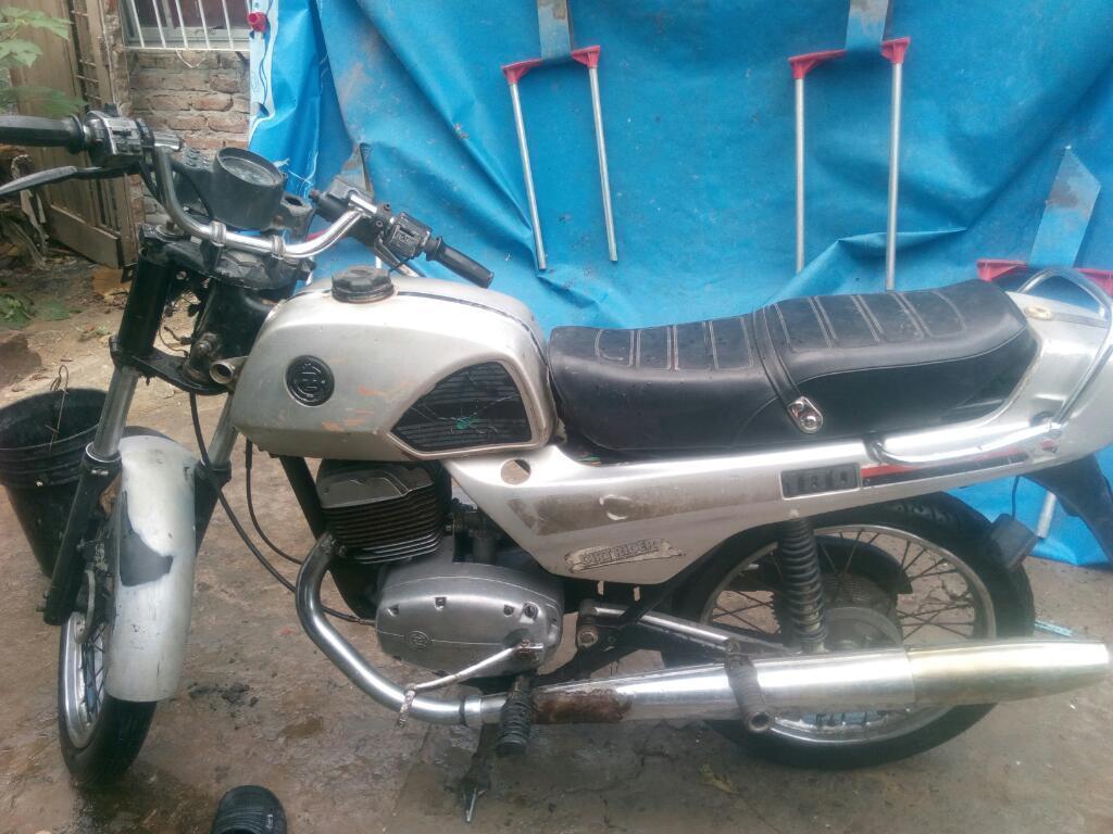 Vendo Moto Jawa180