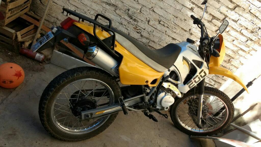 Vendo Motomel Dakar 200