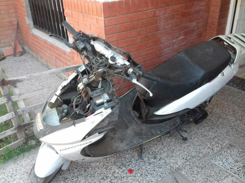Vendo Esta Moto Scooter Vento 150cc