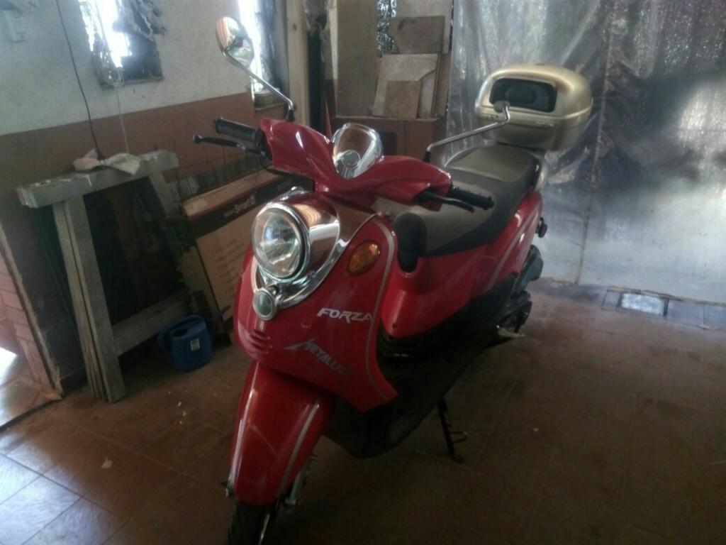 Vendo Scooter Montomel 150 Mod 2012