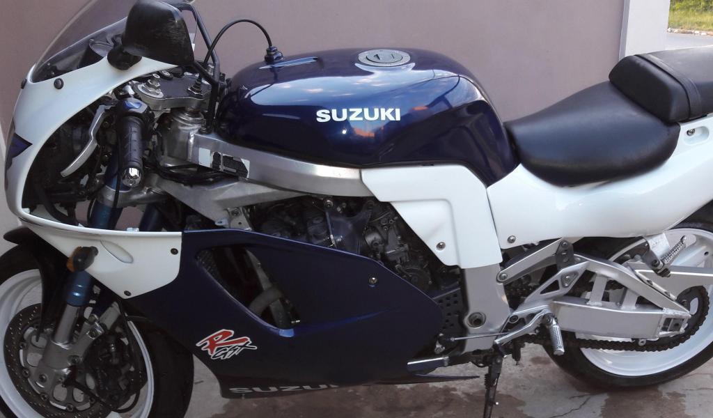 Vendo GSXR 750
