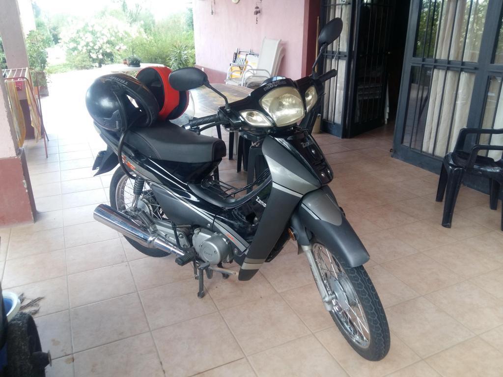 Moto Zanella Due 110 cc. Modelo 2014