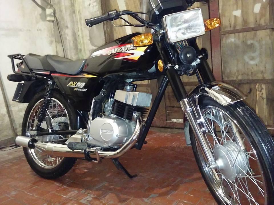 Suzuki Moto Ax 100 Con Escapes - Brick7 Motos