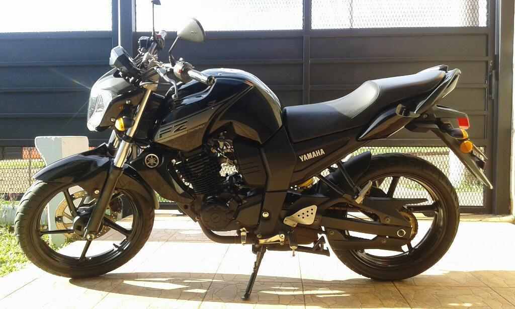 Vendo No Permuto. Motocicleta Yamaha Fz
