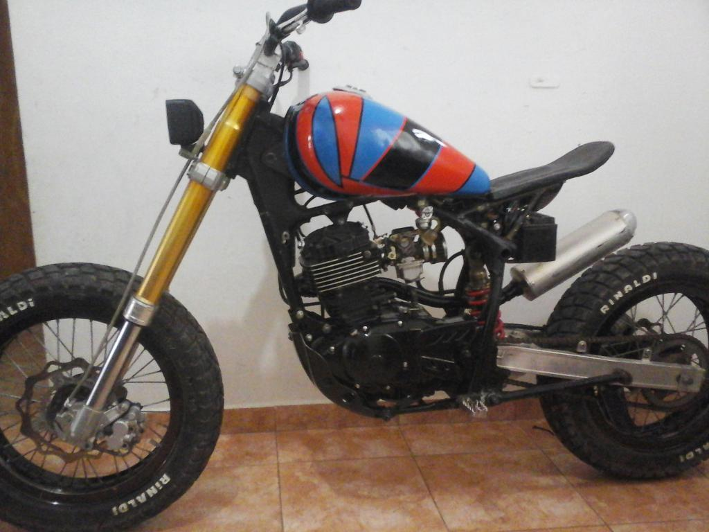 Vendo Beta Motard Traker