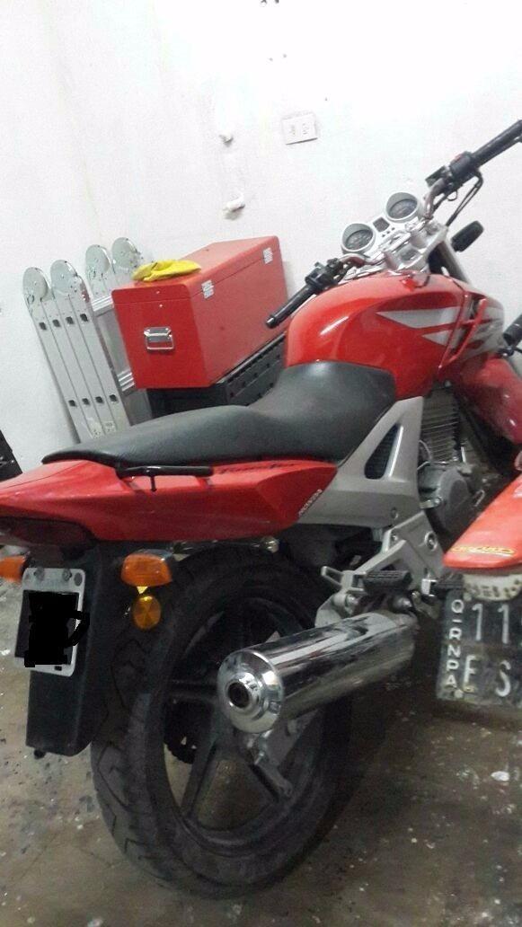 Honda Twister 250 Preparada