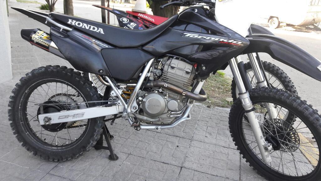 Vendo O Permuto Honda Tornado Mod 2011