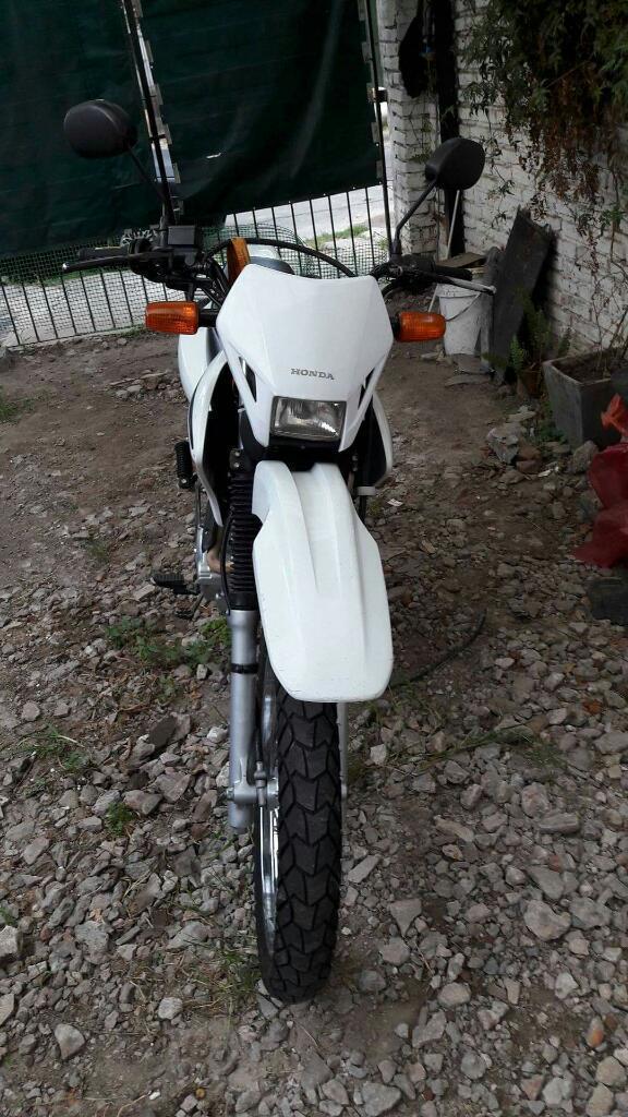 Permuto Motos X Fz Linea Nueva