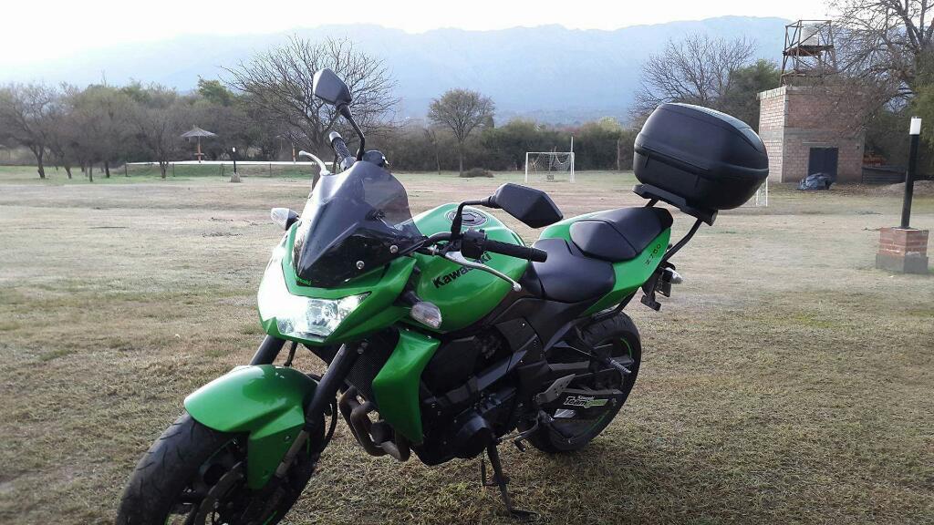 Vendo Kawasaki Z750