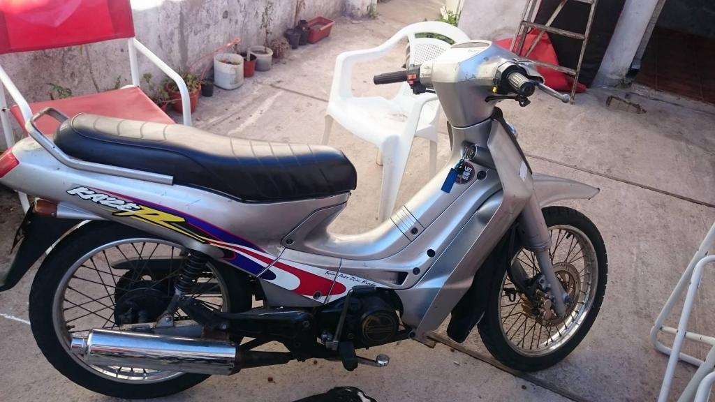 Kawasaki kaiser 110 2001