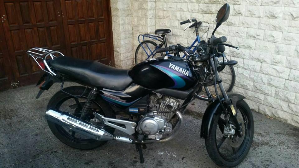 permuto fort falcon y moto Yamaha 125 por moto honda o Yamaha de mayor cilindrada