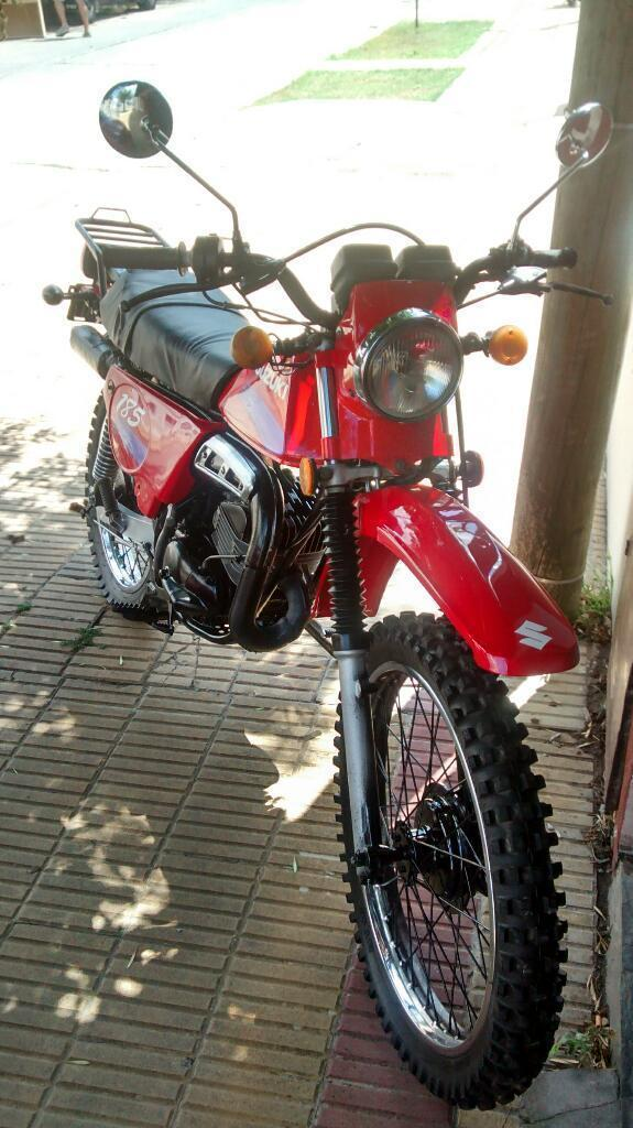 Suzuki 4 Tiempo 125 - Brick7 Motos