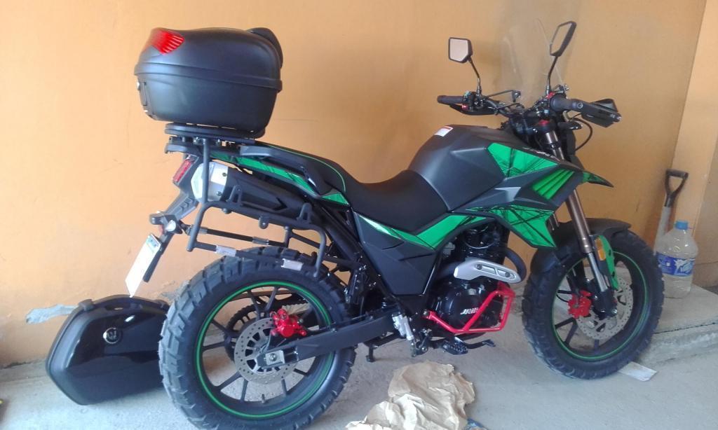 VENDO moto 250cc Jawa Tekken modelo 2016 completa