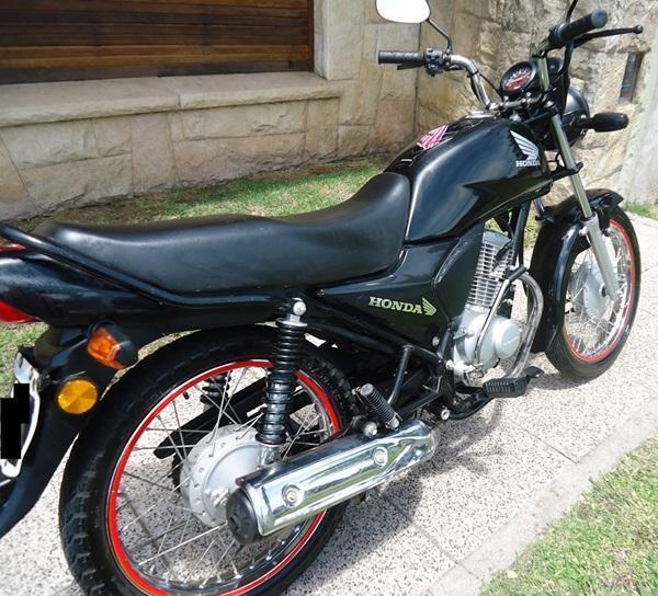 HONDA CB1 125 cc, AÑO 2014 , Como nueva, VENDOTOMO MOTO