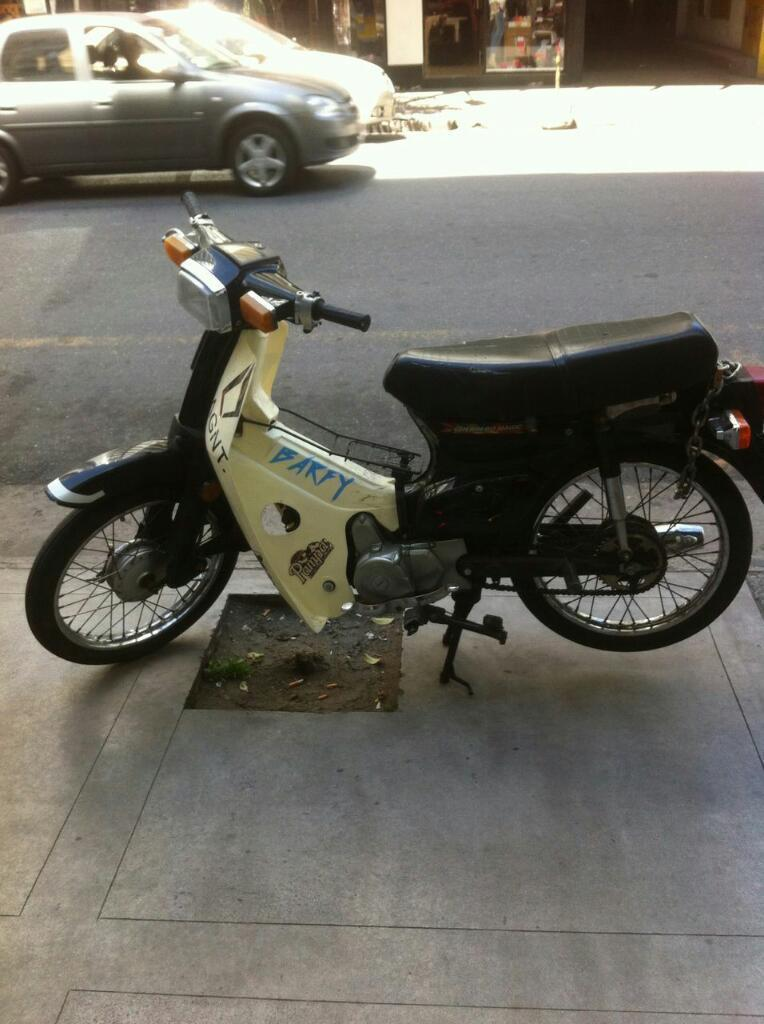 Moto Econo