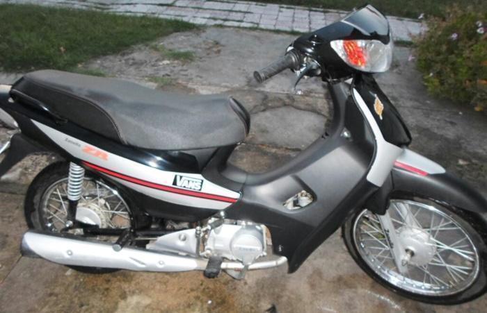 ZANELLA ZB 110 cc AÑO 2013, Vendotomo moto en parte de pago