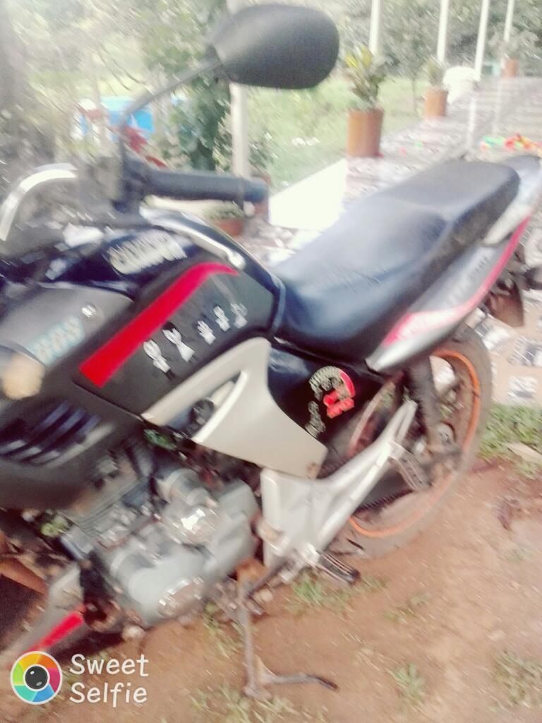 Moto 200 Cc
