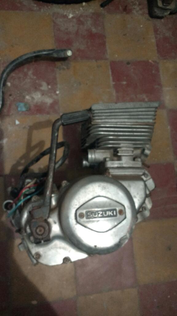 Motor 2t Bicilindrico Suzuki P.repueatos