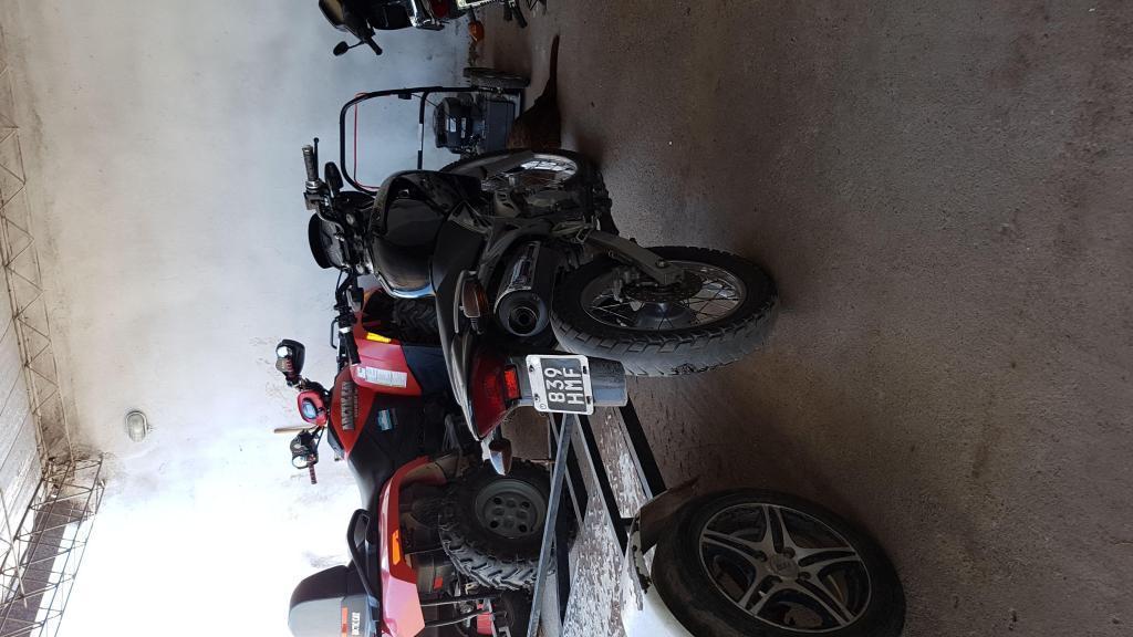 Honda Nx4 2011