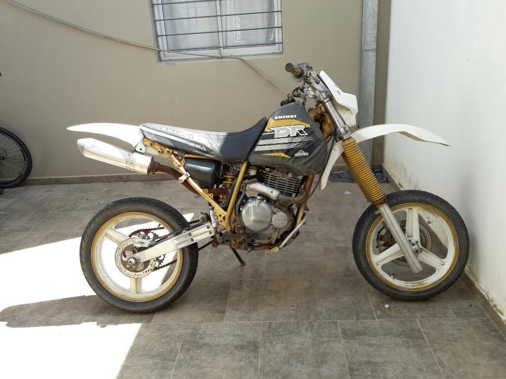 Vendo O Permuto Suzuki Dr 350 R