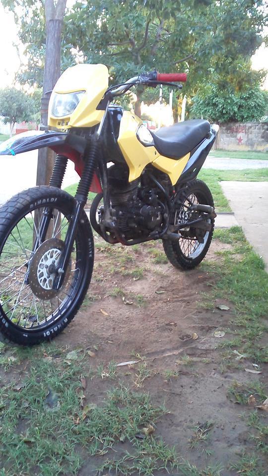 Vendo Motomel Skua 200. Modelo 2011, no soy el tiitular. Se charla el precio