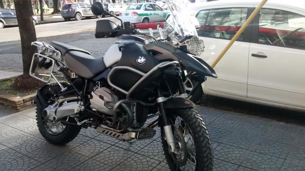 Bmw 1200 Adventure 2011 450000$