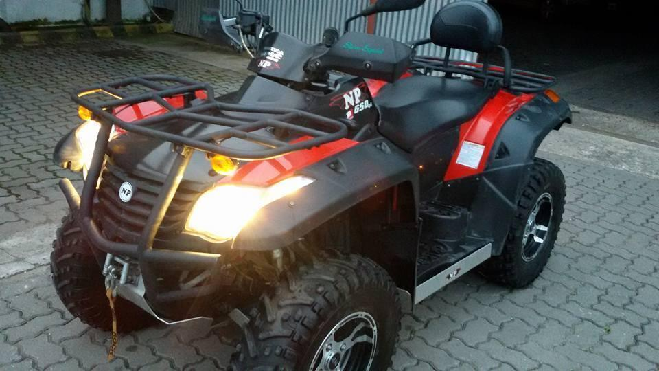 Cuatriciclo NP650 4X4 C/MALACATE BIPLAZA IMPECABLE