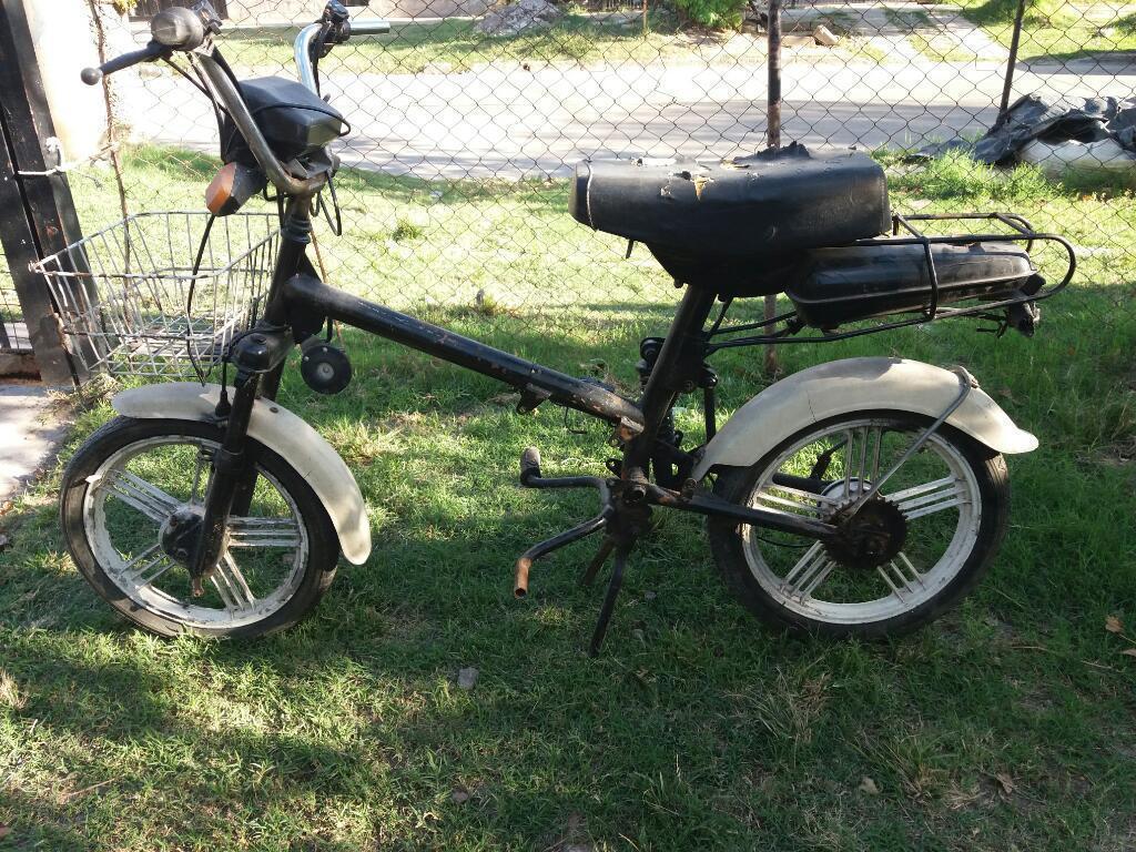 Vendo Moto con Motor Desarmado