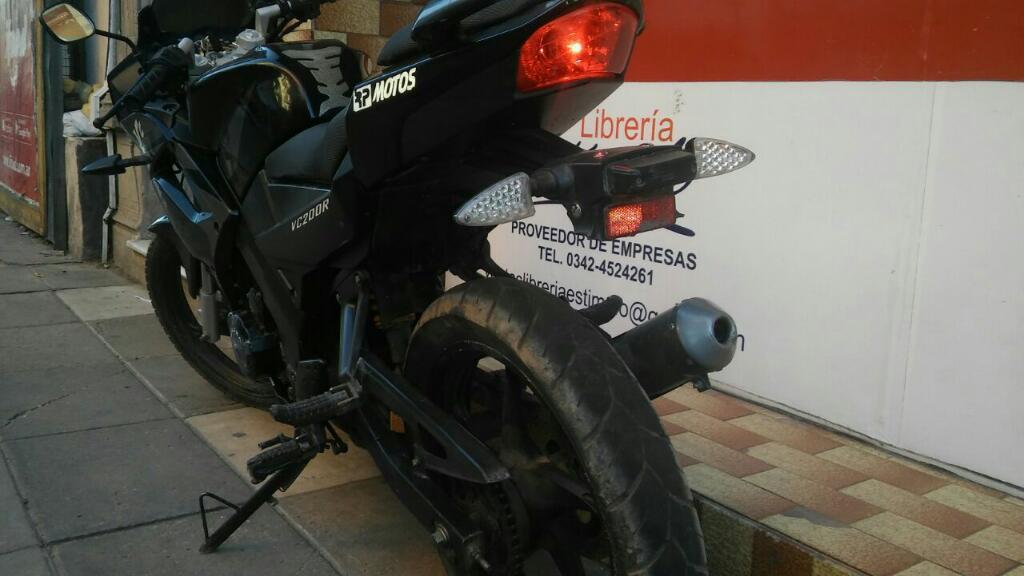Canjeo por Moto Y Plata O Derecho