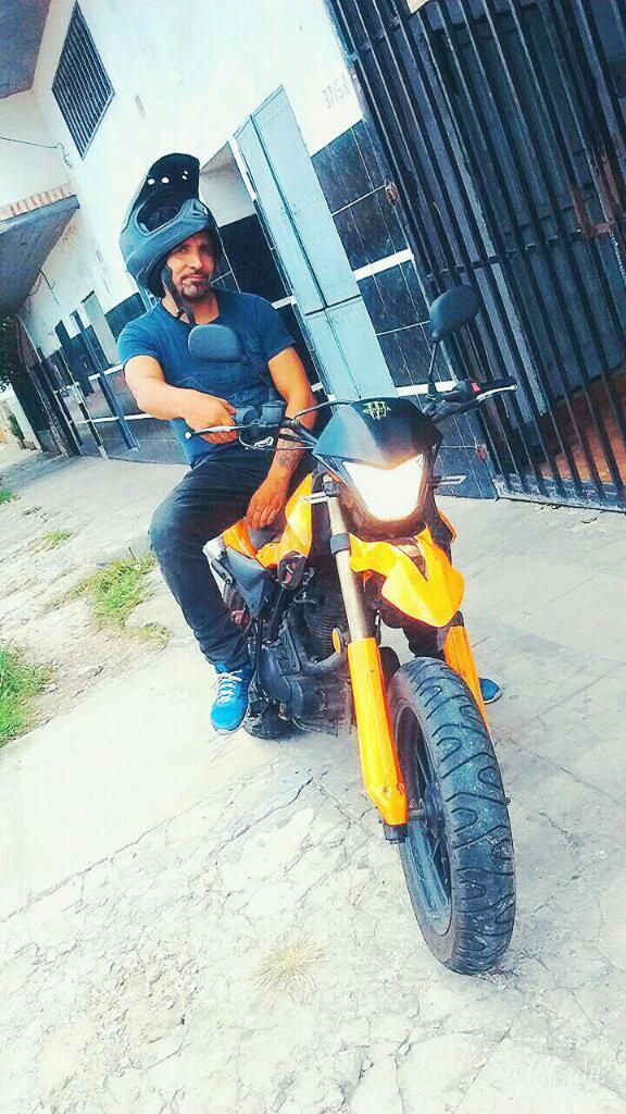 Moto Zanella Ztt 200 Cc Motard