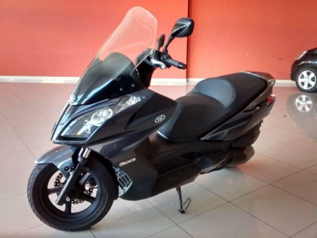 KYMCO DOWNTOWN 300 CC 2014