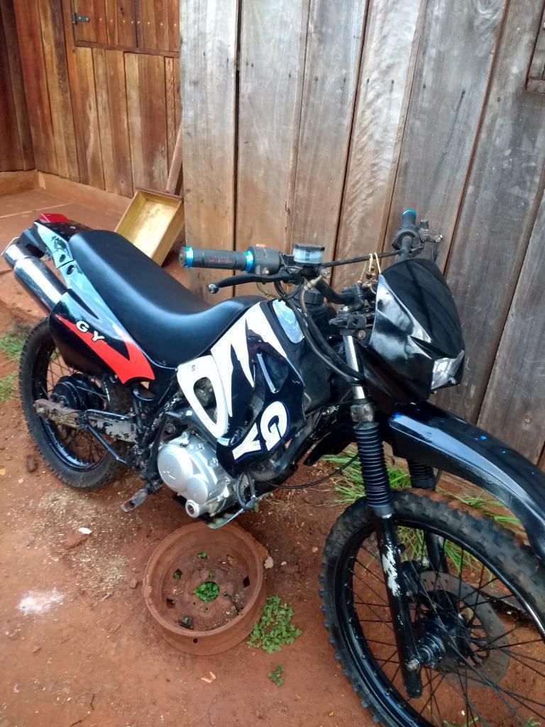 Vendo O Permuto Motomel Dakar 200cc