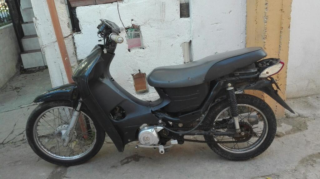 Vendo Moto 110 Zanella Modelo 2010