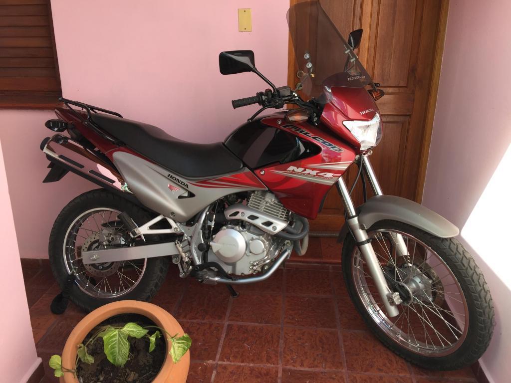 Moto Honda Falcón Nx400 . 3500kms . Nueva nueva