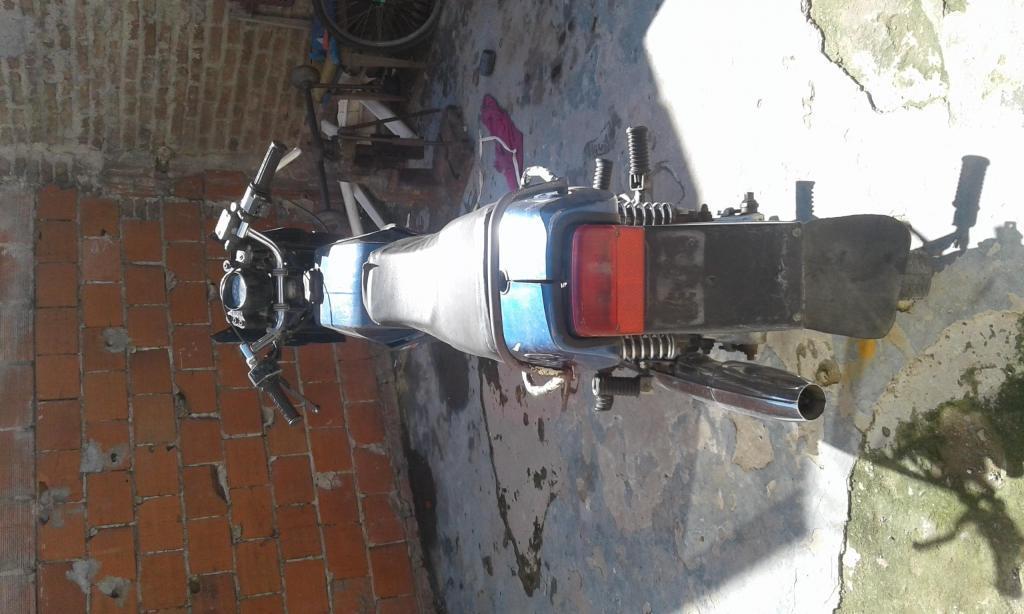 Vendo o permuto Moto jawa cz 180 modelo 1993