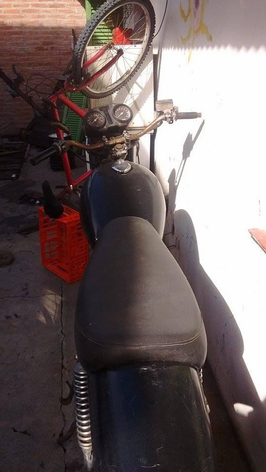 Kawasaki Kz 1000 desarmada