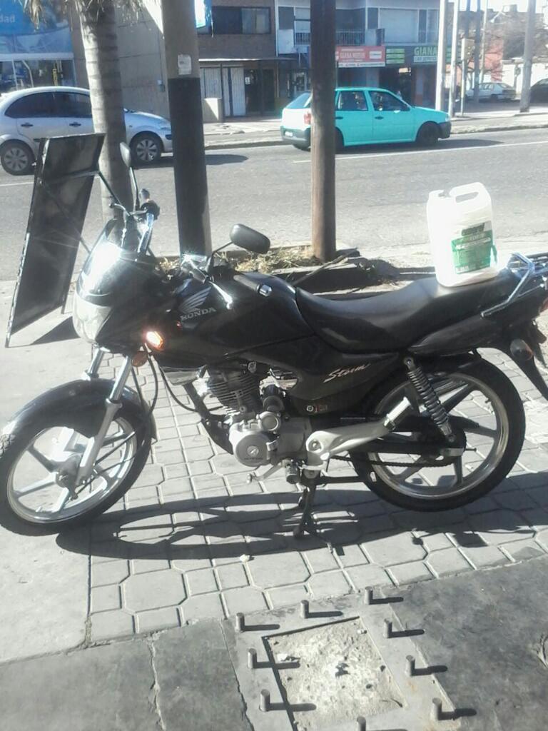 Moto Honda Storm Negra 2010