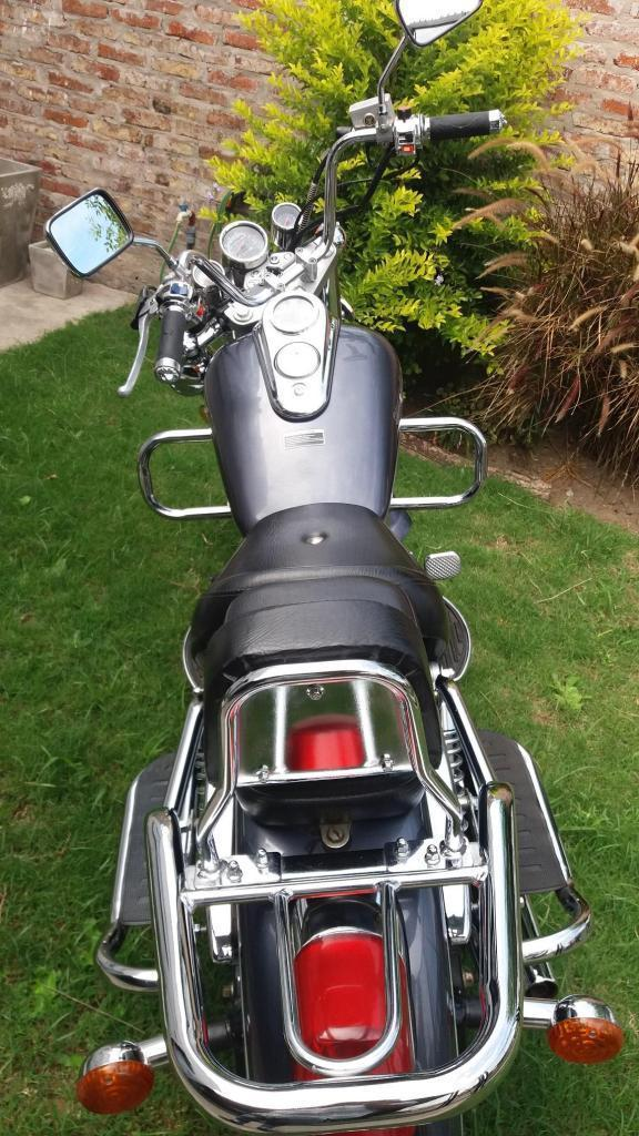 Zanella Patagonian Eagle 150 cc Choper Custom moto chopera