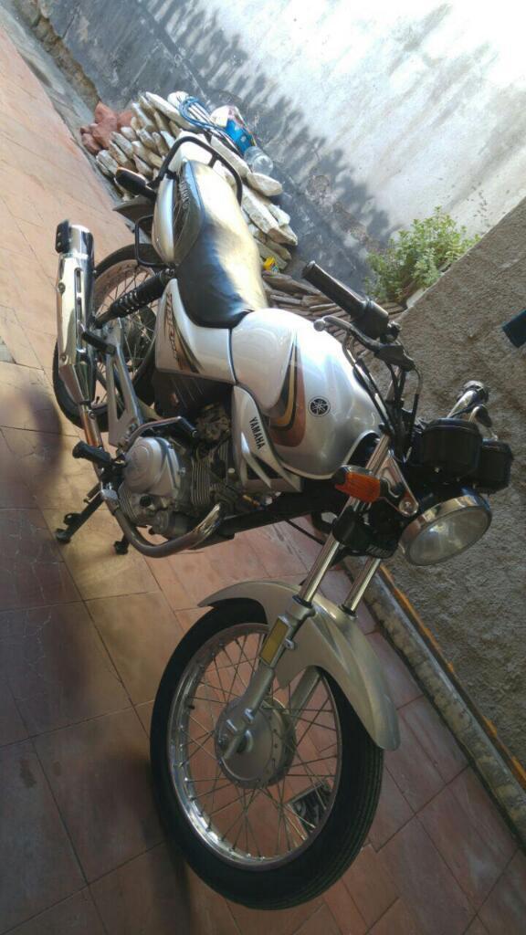 Vendo Yamaha Ybr 125 Esta en Buen Estado