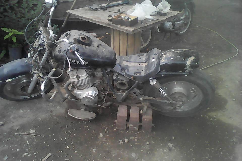 VENDO MOTO CHOPER CERRO 250