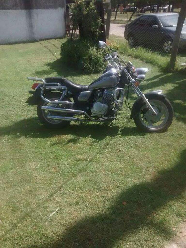 Moto Chopera 250 Ssnella