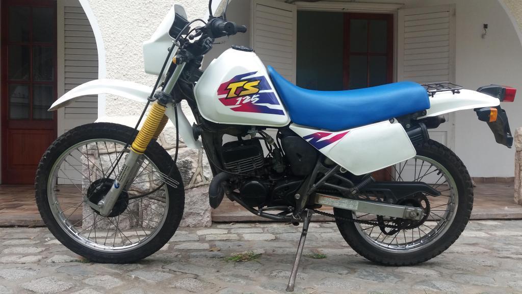 Suzuki TS 125 modelo 1998