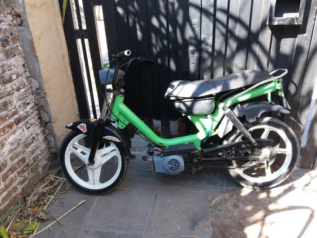 Vendo Ciclomotor Zanella Cargo Sólo Cédu