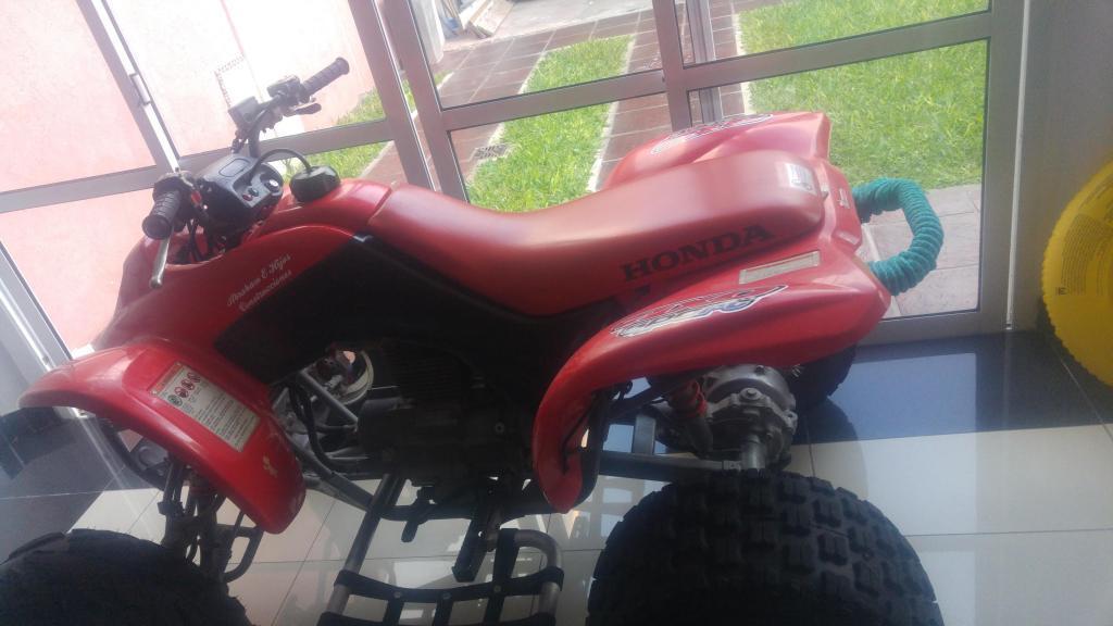 Cuatriciclo Honda Trx 250. Mod. 2002. Cardanico