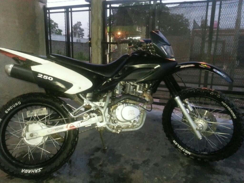 Motomel Xplora Motor Todo Nuevo