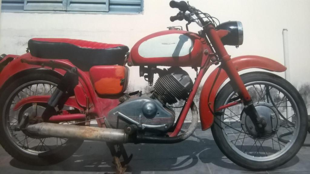 Moto Guzzi 1961 235 cm3