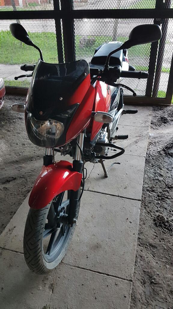 Vendo Bajaj Rouser 220 Bordo Modelo 2012
