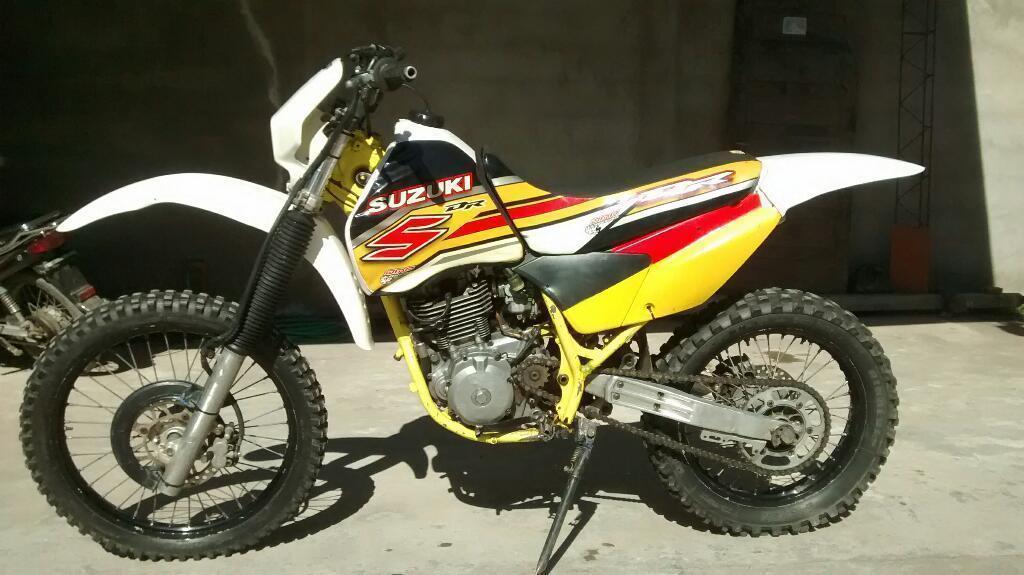 Vendo Suzuki Dr 350 Modelo 91